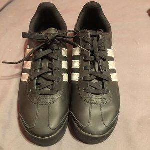 Adidas Samoa Sneakers Size 8